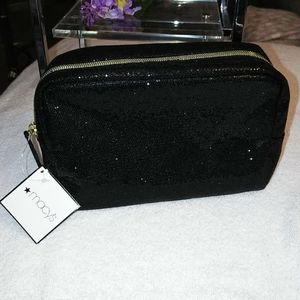 Macy's Black Glitter Carry All ❣️ NWT